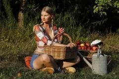 AGRAR ART Bodypainting APFELERNTE  (Aktmodell: Randy / Projektfotograf: T. Skupin)