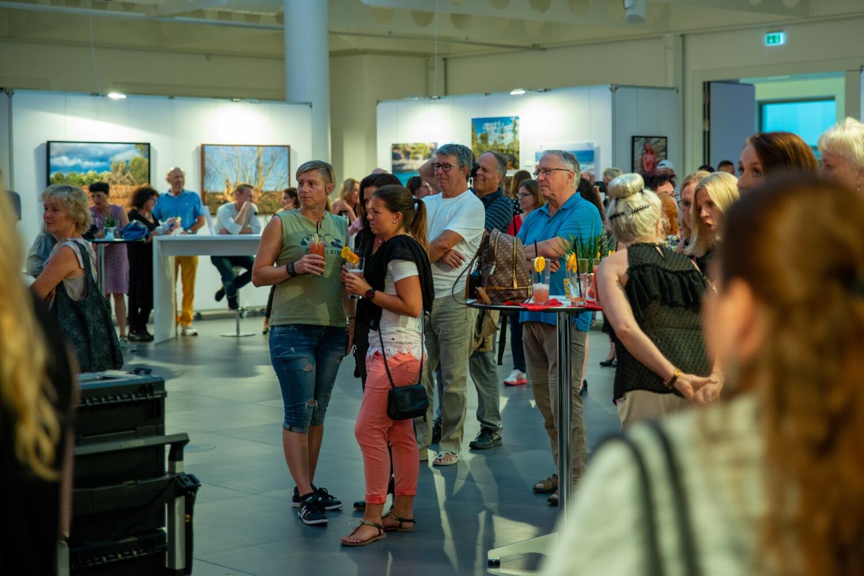 "ARTPARTY innerhalb der Ausstellung LIVING ART (""Unter der Pyramide"" - KSK HEILBRONN)"