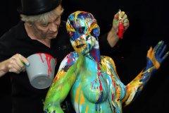 BODYART Kunstperformance ARTCIRCLE-SPLASH  (Aktmodell: Darky / Fotograf: W. Gebauer)