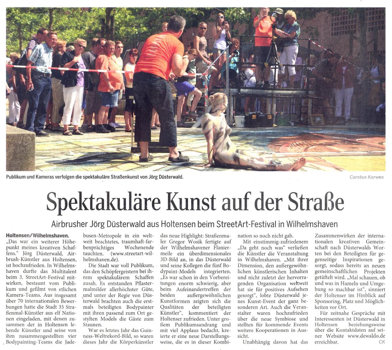 Medienbericht Streetartfestival Wilhelmshaven mit Bodypainting-Künstler Jörg Düsterwald (Media: DEWEZET / Aug.2013)