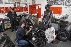 WORKING ART - Zweiradmechaniker / Bodypainting meets Business
