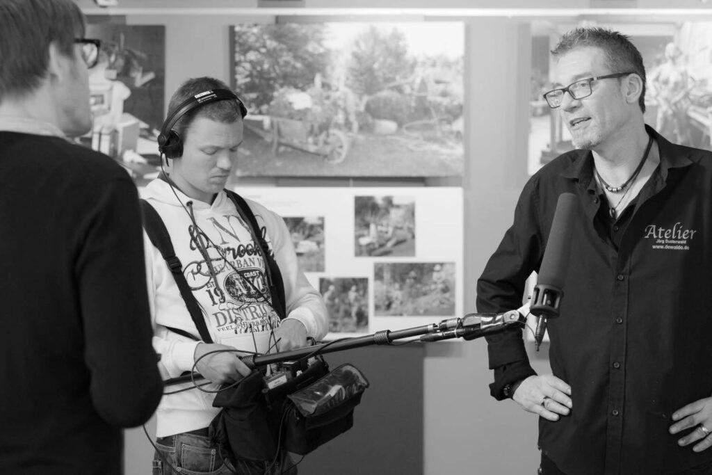 Künstler Jörg Düsterwald ist langjährig etabiliert und oft in den Medien präsent